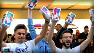 350 εκατομμύρια συσκευές iPhone αναμένεται να πουλήσει η Apple μέσα στο 2018
