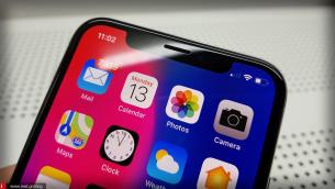 """Η Google σχεδιάζει να μιμηθεί το """"Notch"""" του iPhone X στην επόμενη γενιά των Android phones σύμφωνα με πρόσφατη αναφορά"""